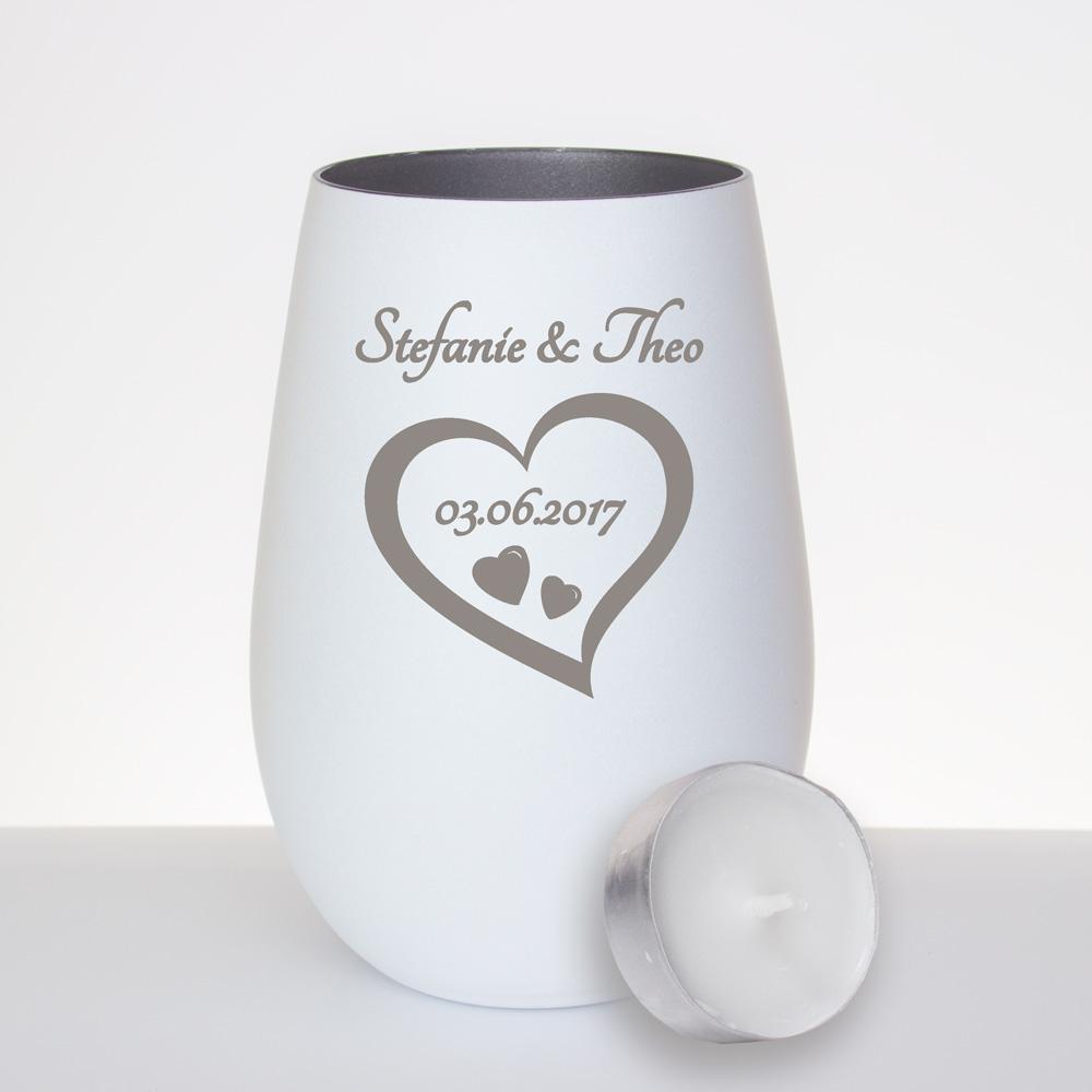 Windlicht Aus Glas Graviert Mit Einem Herz Als Geschenk Zur Hochzeit