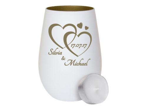 Weißes Windlicht aus Glas - innen gold mit Gravur zwei Herzen mit Datum und Vornamen als Geschenk zur Hochzeit