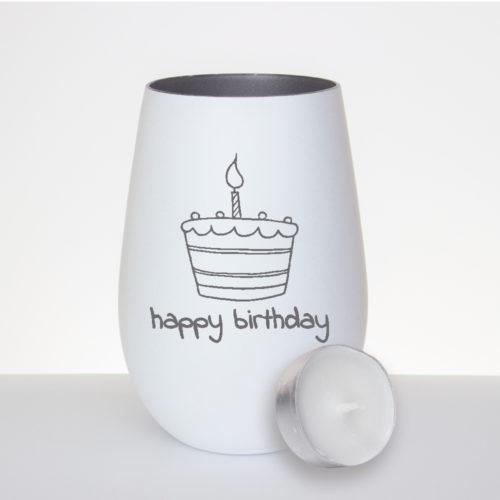 """Windlicht mattweiß / silber zum Geburtstag mit Gravur """"Happy Birthday"""" und einer Torte mit Kerze"""